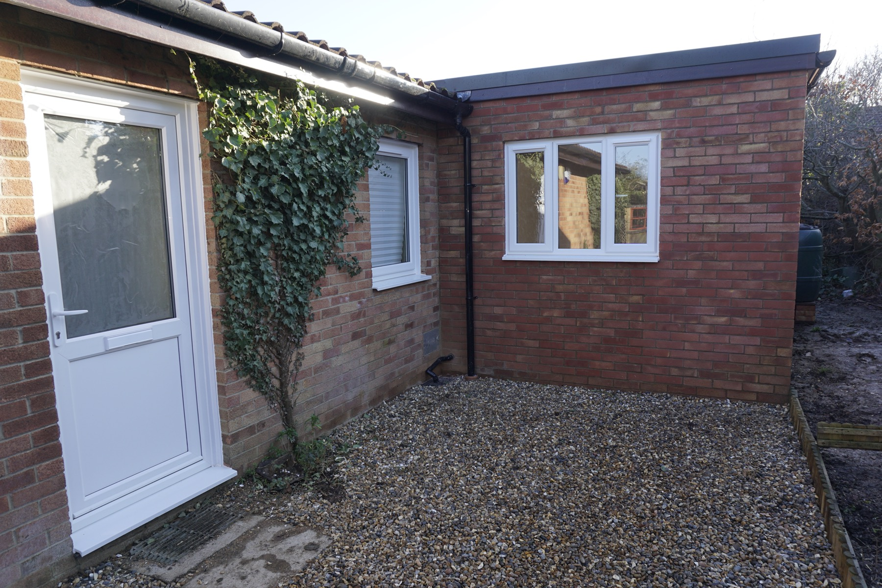 Building Single Storey Side House Kitchen Extension In Milton Keynes